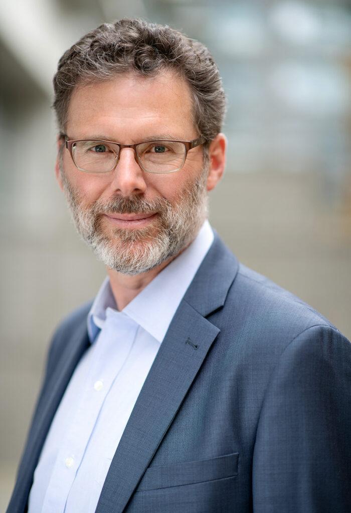 Dr. Robert Rohling